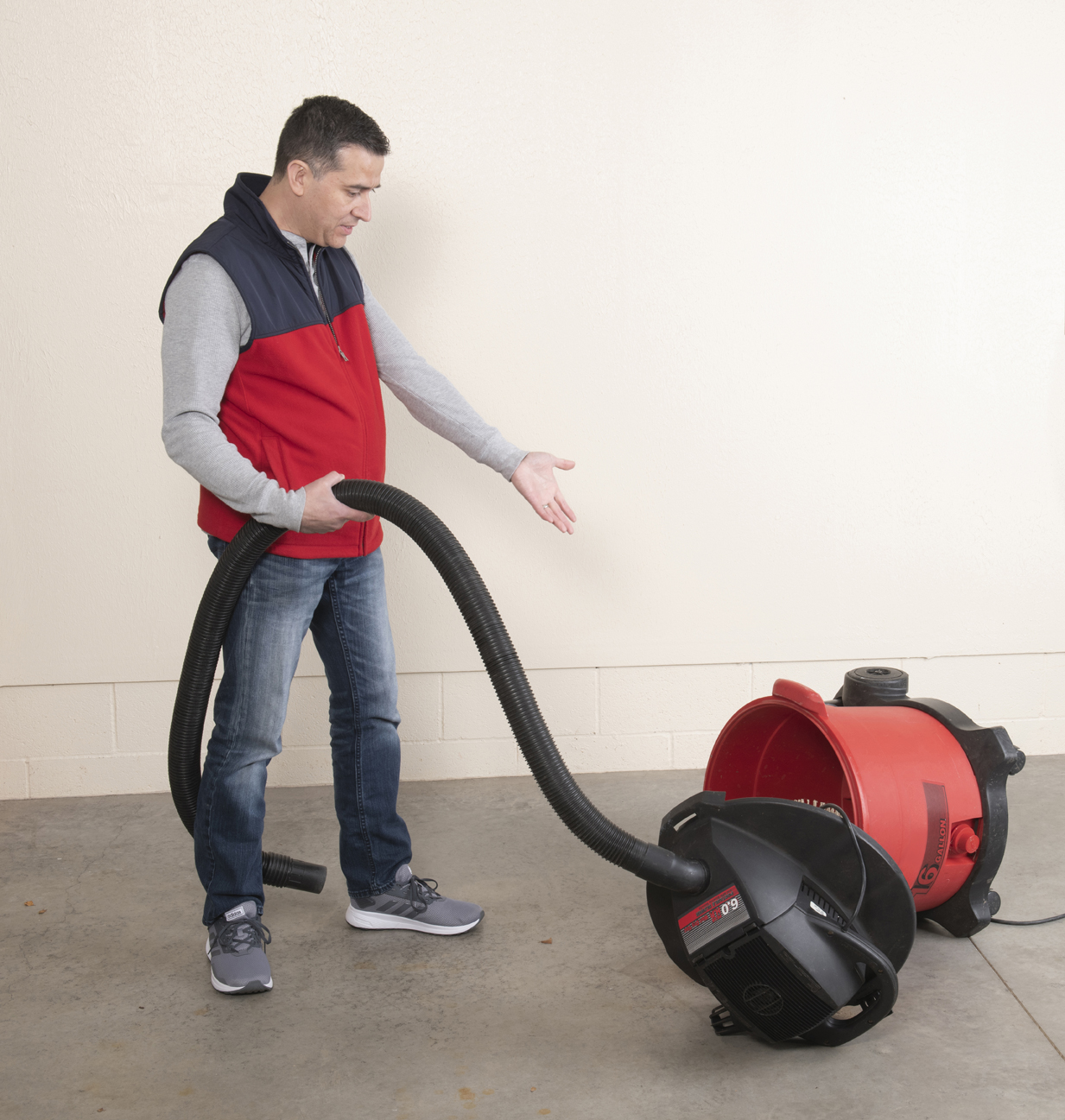 Retractable Vacuums Struggle | VacuuPro